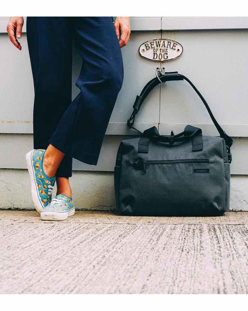 Pacsafe Intasafe Brief Black Anti theft 15 Inch laptop bag
